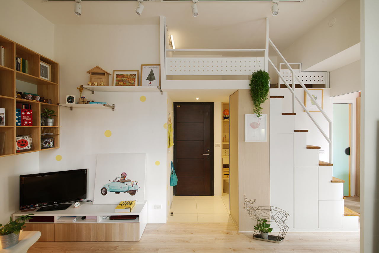 A Tiny Taipei Apartment for a Couple and Their Cat