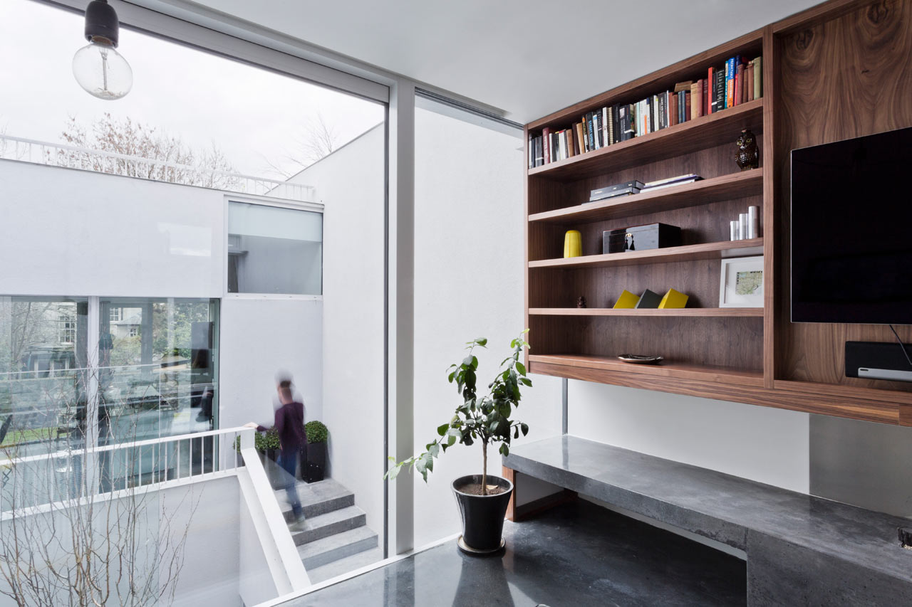 A Modern Dublin Home Built Around an Open Courtyard