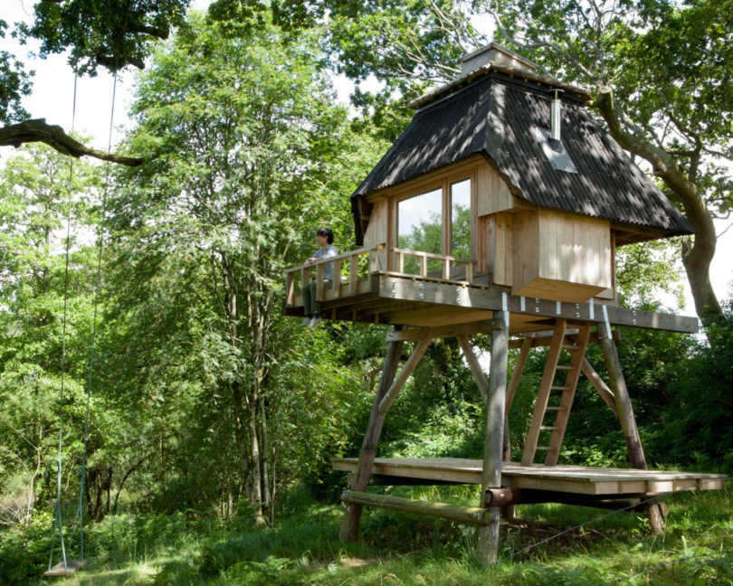 10 Modern Treehouses We'd Love to Have in Our Own Backyard ...