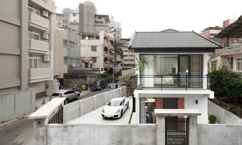 A Modern House in Taichung That Combines Work and Home Life