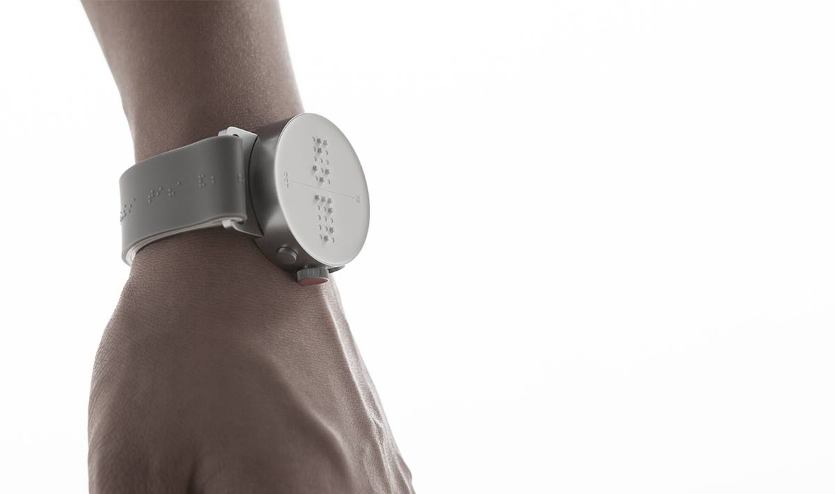 The Dot Smartwatch Makes Time Tangible