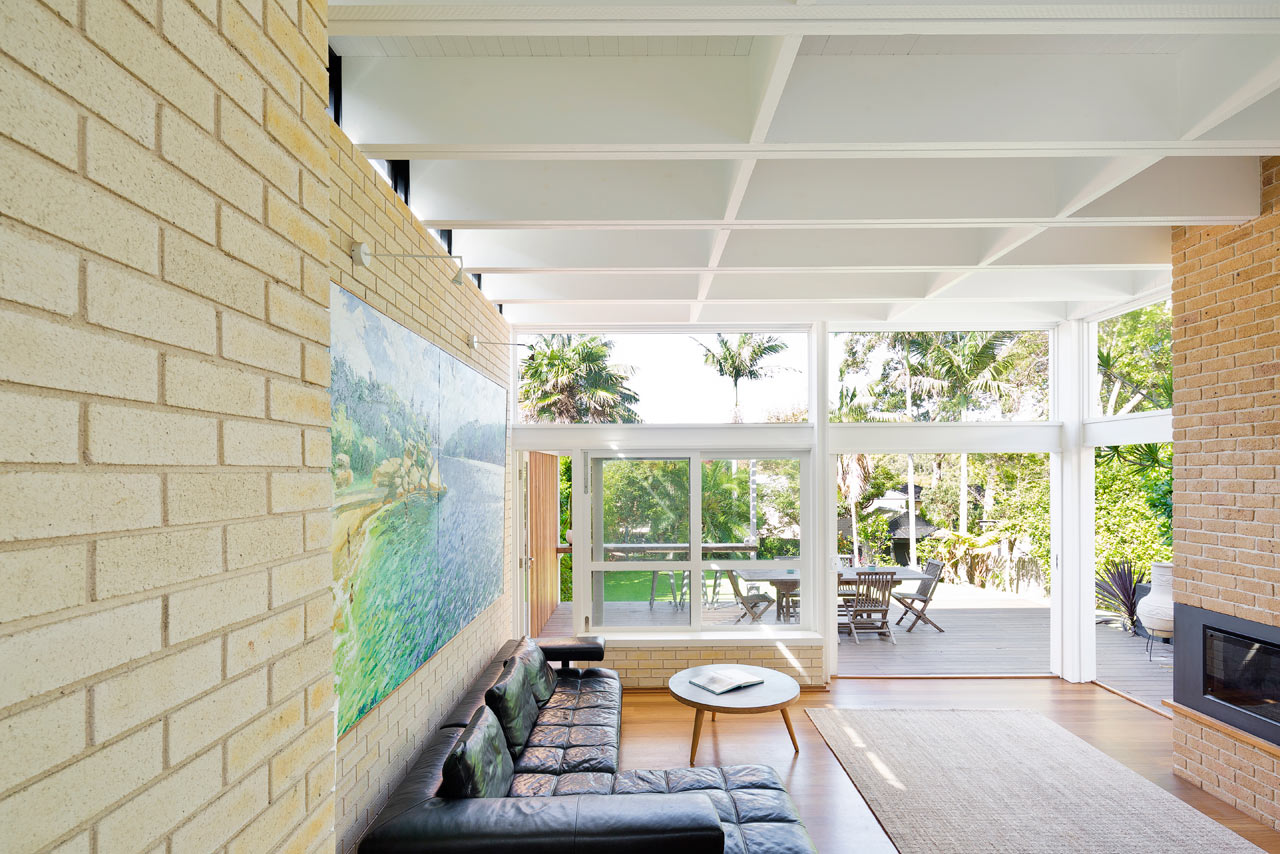 A Beach House With A New Mid Century Modern Addition