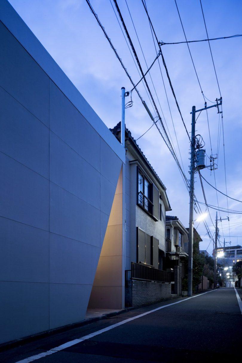The Minimalist Kamiuma House by CHOP + ARCHI