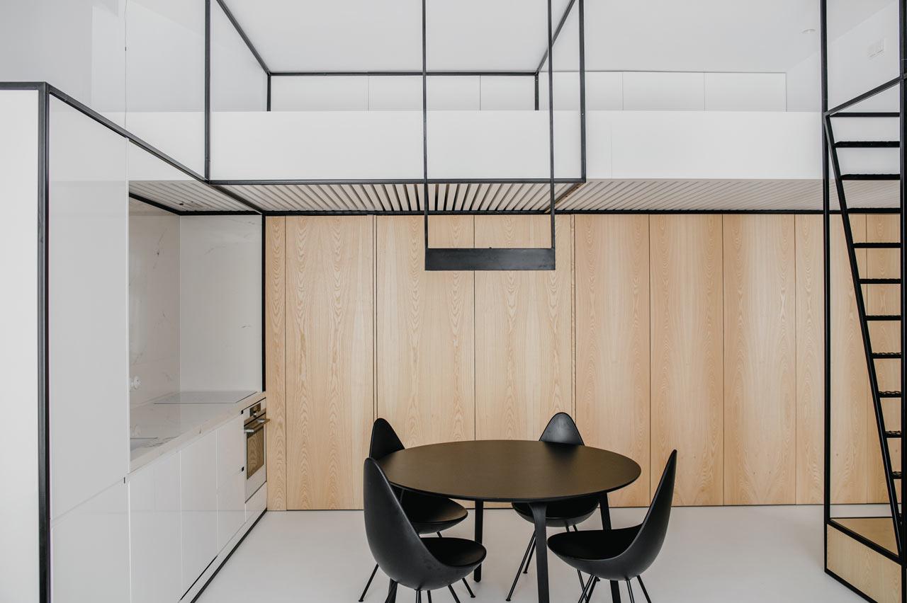 A Modern Apartment in Kraków Organized by Black Frames