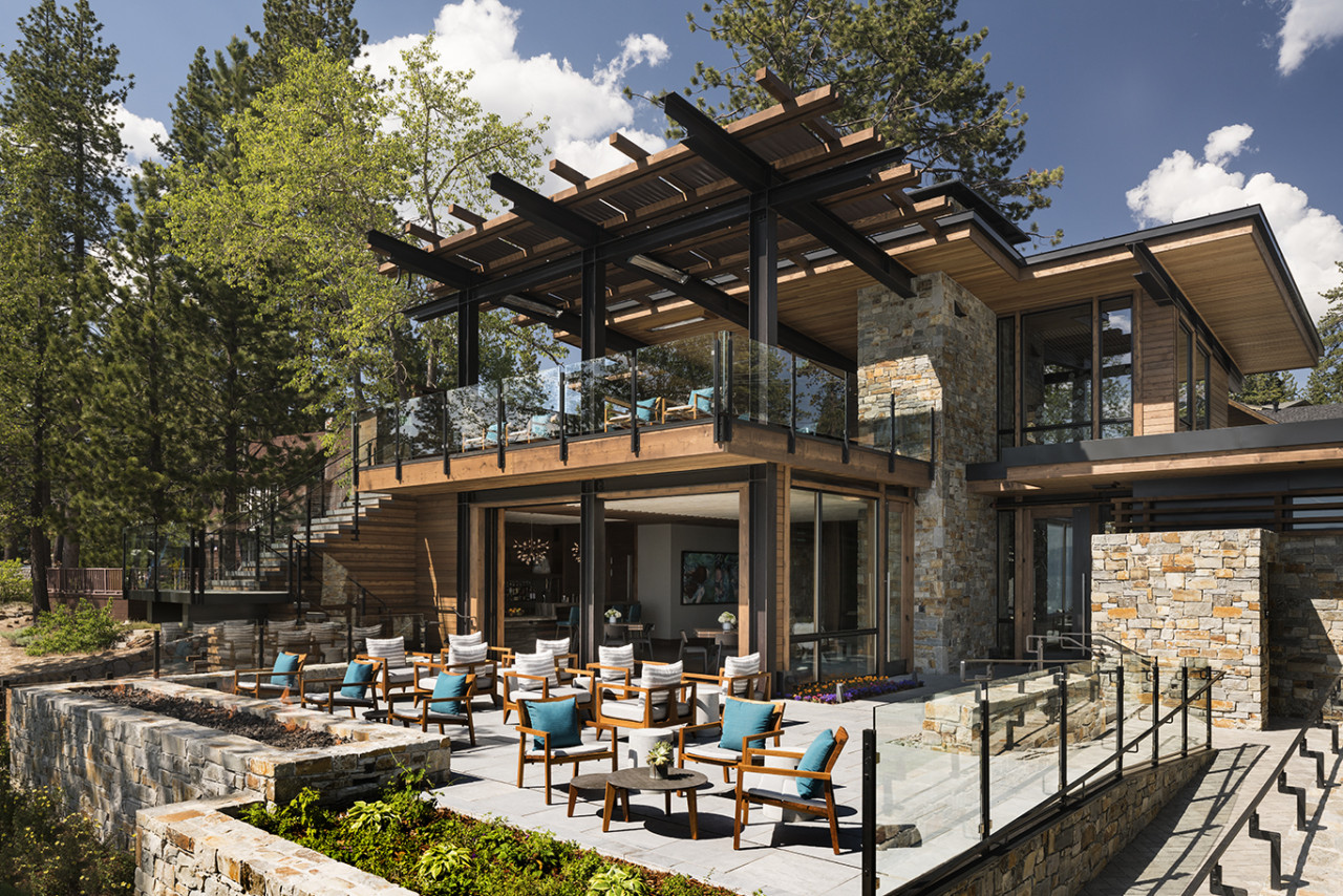 Take in the lake views at the new ritz carlton lake club for Lake house designs with lake views
