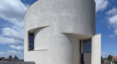 Contemporary Rotunda in the Czech Republic by Atelier Štepán