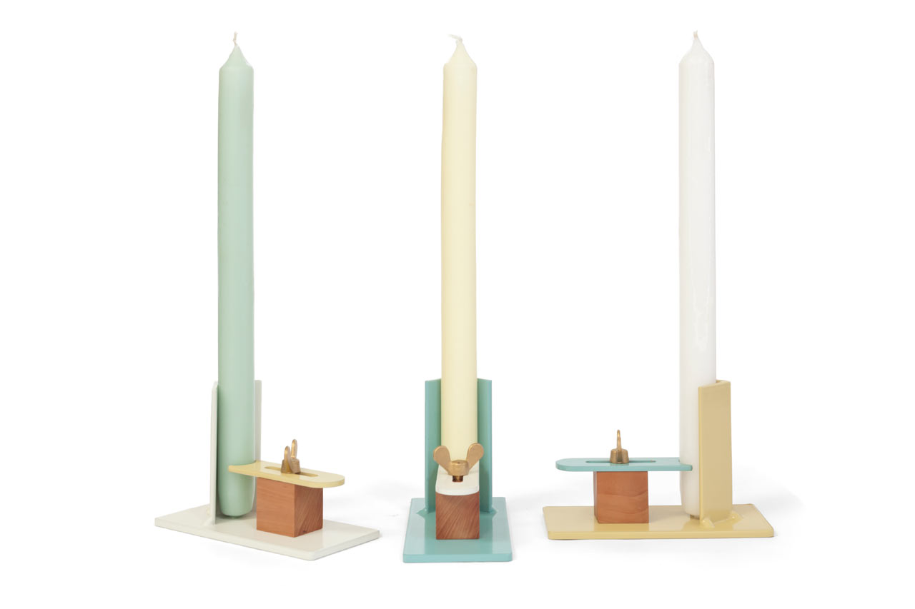 Fixum: A Candle Holder That Adapts to Different Sized Candles