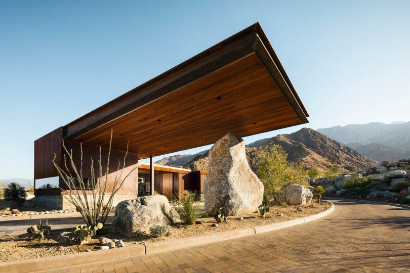 Desert palisades guardhouse 1 810x540