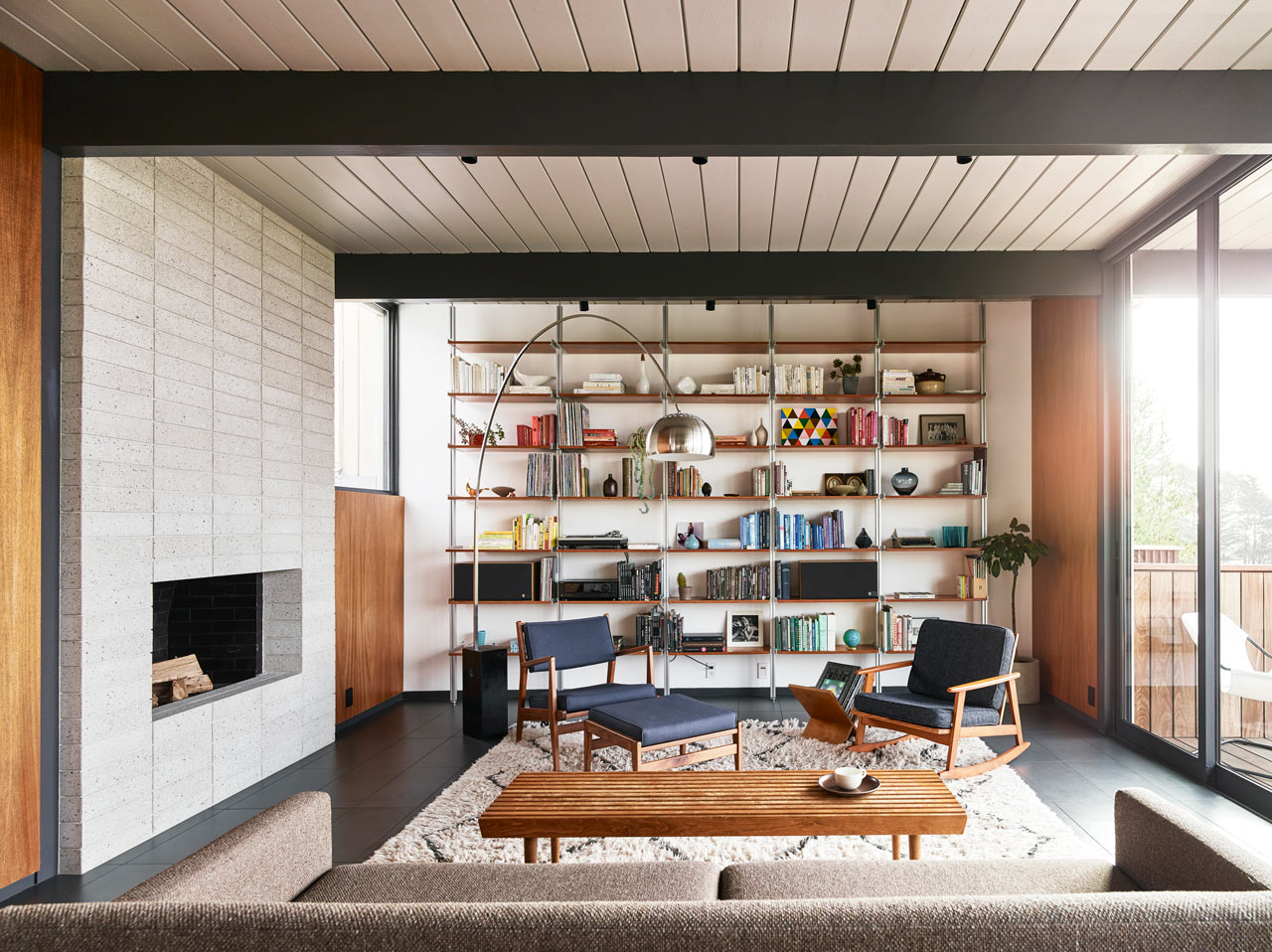 Michael Hennessey Architecture Renovates a 1965 Eichler Residence
