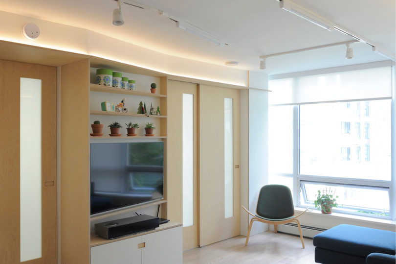 A 600 Square Foot Apartment That Maximizes Every Inch