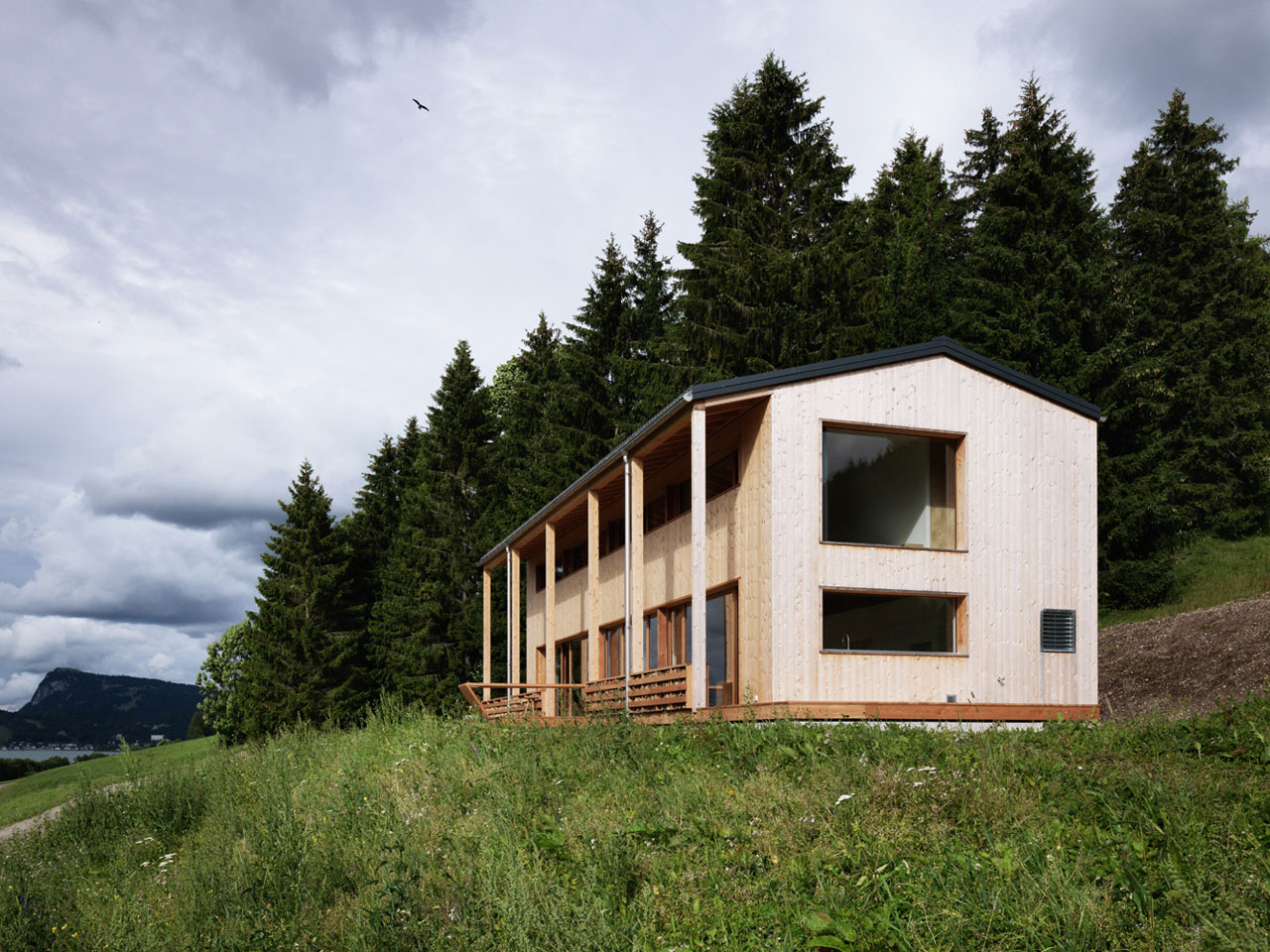 House MW / The House by the Lake by Ralph Germann architectes