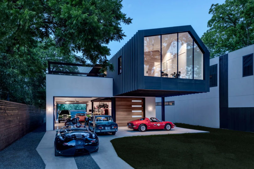 A car collector 39 s modern residence by matt fajkus for Contemporary carport design architecture