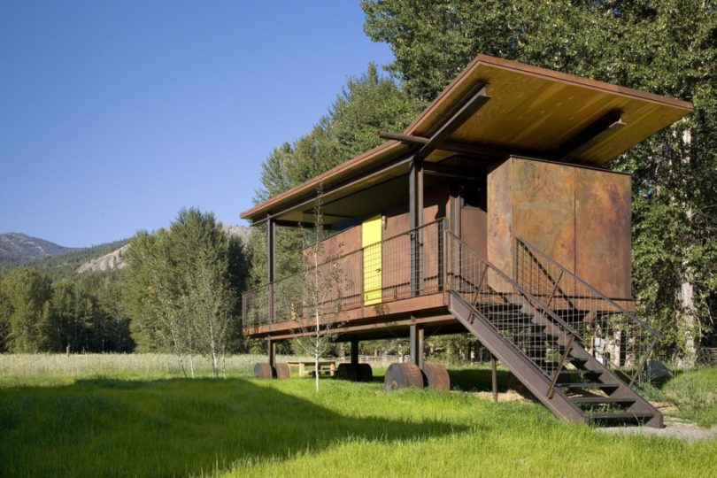 The Rolling Huts An Architect S Alternative Approach To