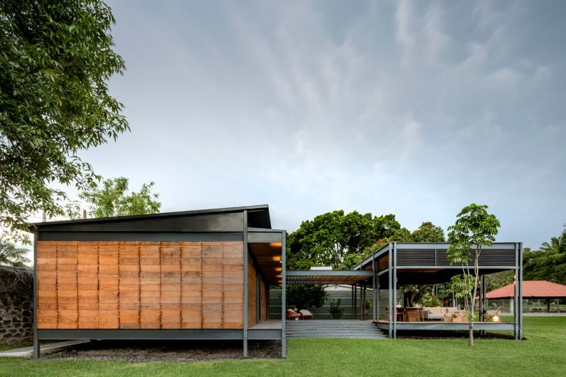 A Prefab Weekend House in Morelos, Mexico