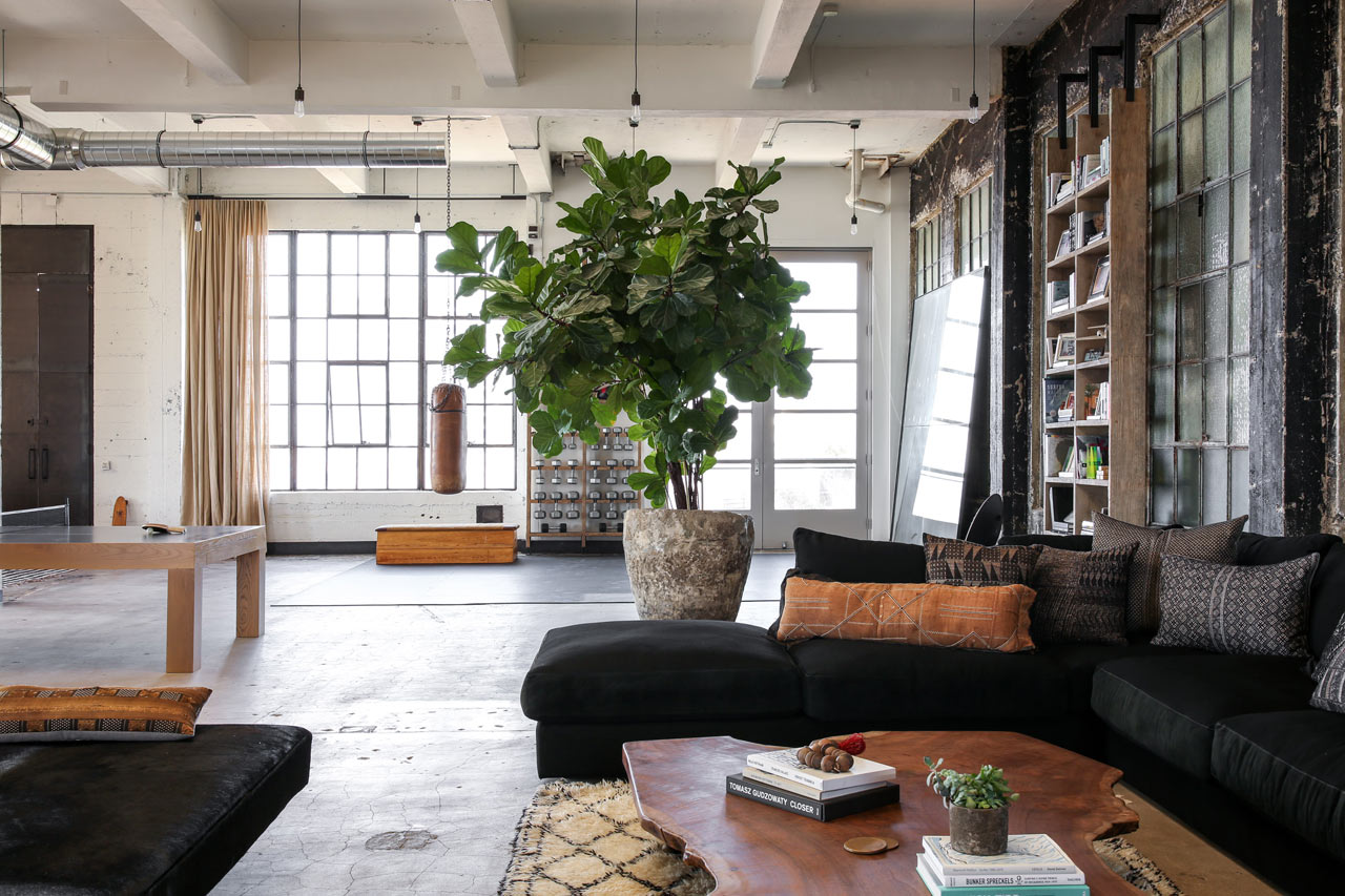 A Building in Venice Becomes a Converted Loft by Alexander Design ...