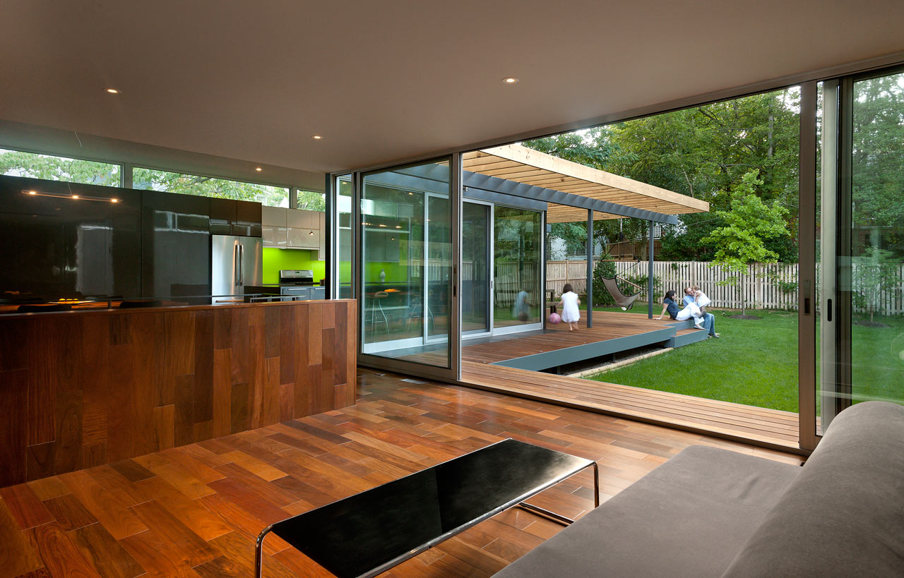 """backReturn to """"Casa Abierta: An Open Courtyard House by KUBE architecture"""""""