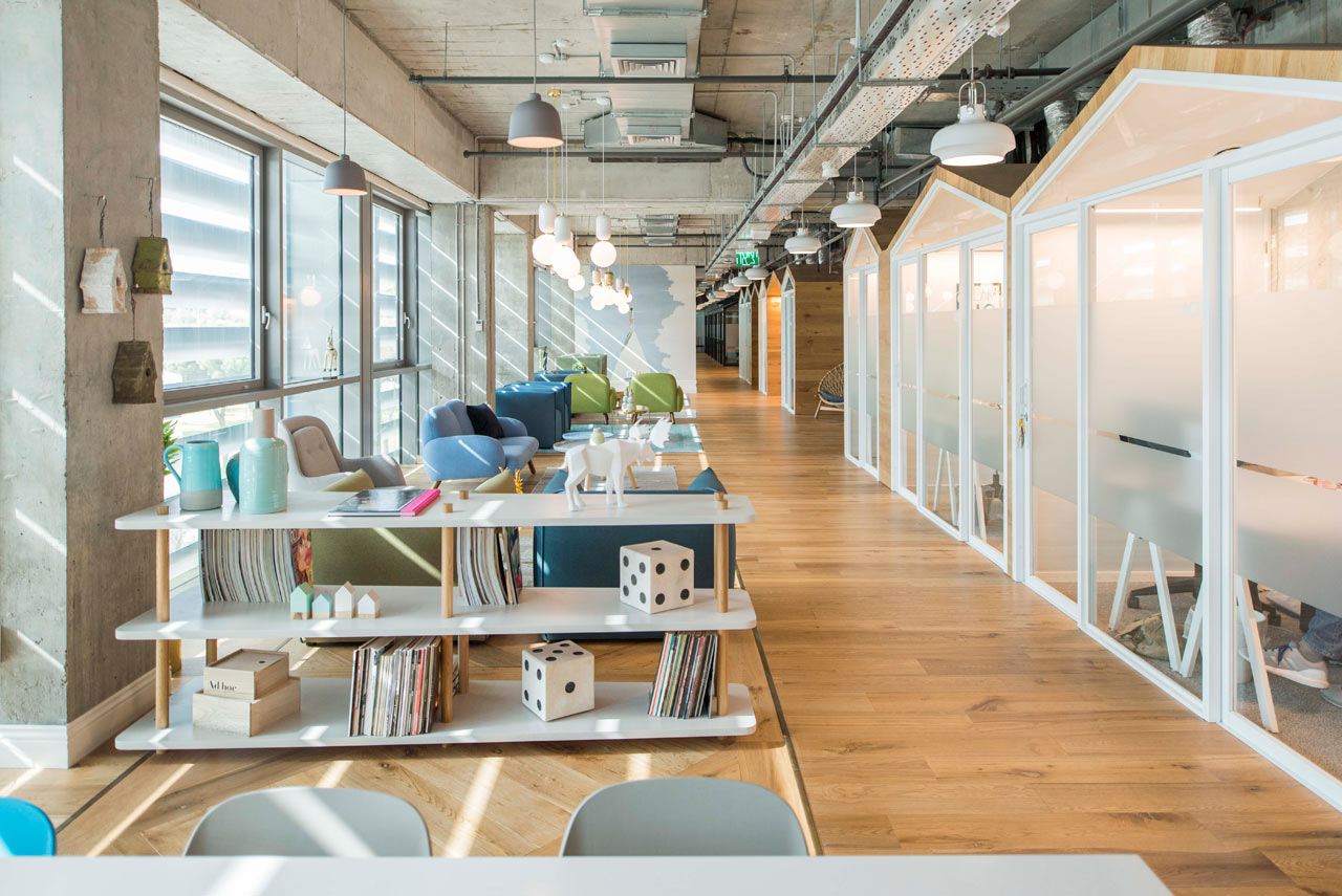 Charmant The Mixer: A Shared Office Space In Tel Aviv ...