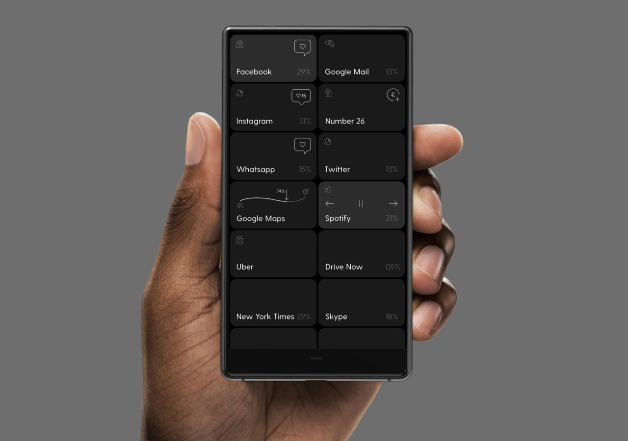 The Blloc Smartphone Turns Off Color to Tune In Focus