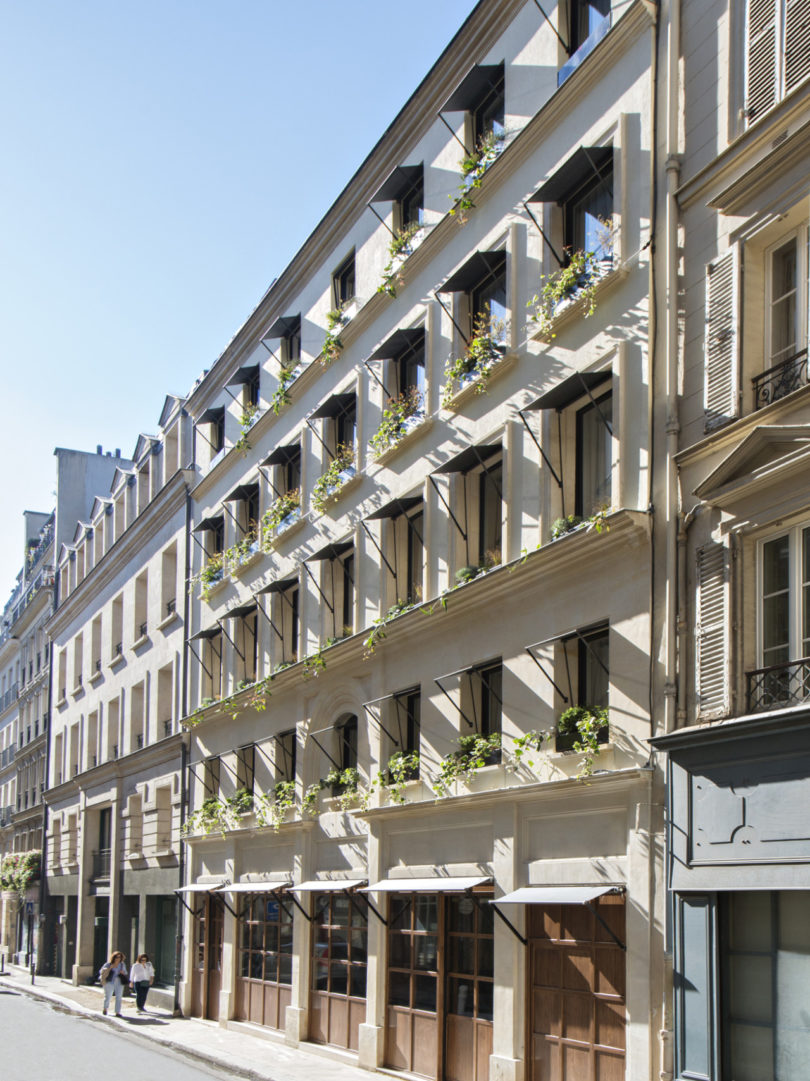 The h tel parister a refined boutique hotel in the middle for Design hotel a paris