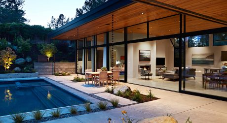 10 Modern Homes That Seamlessly Blend Indoor and Outdoors Spaces