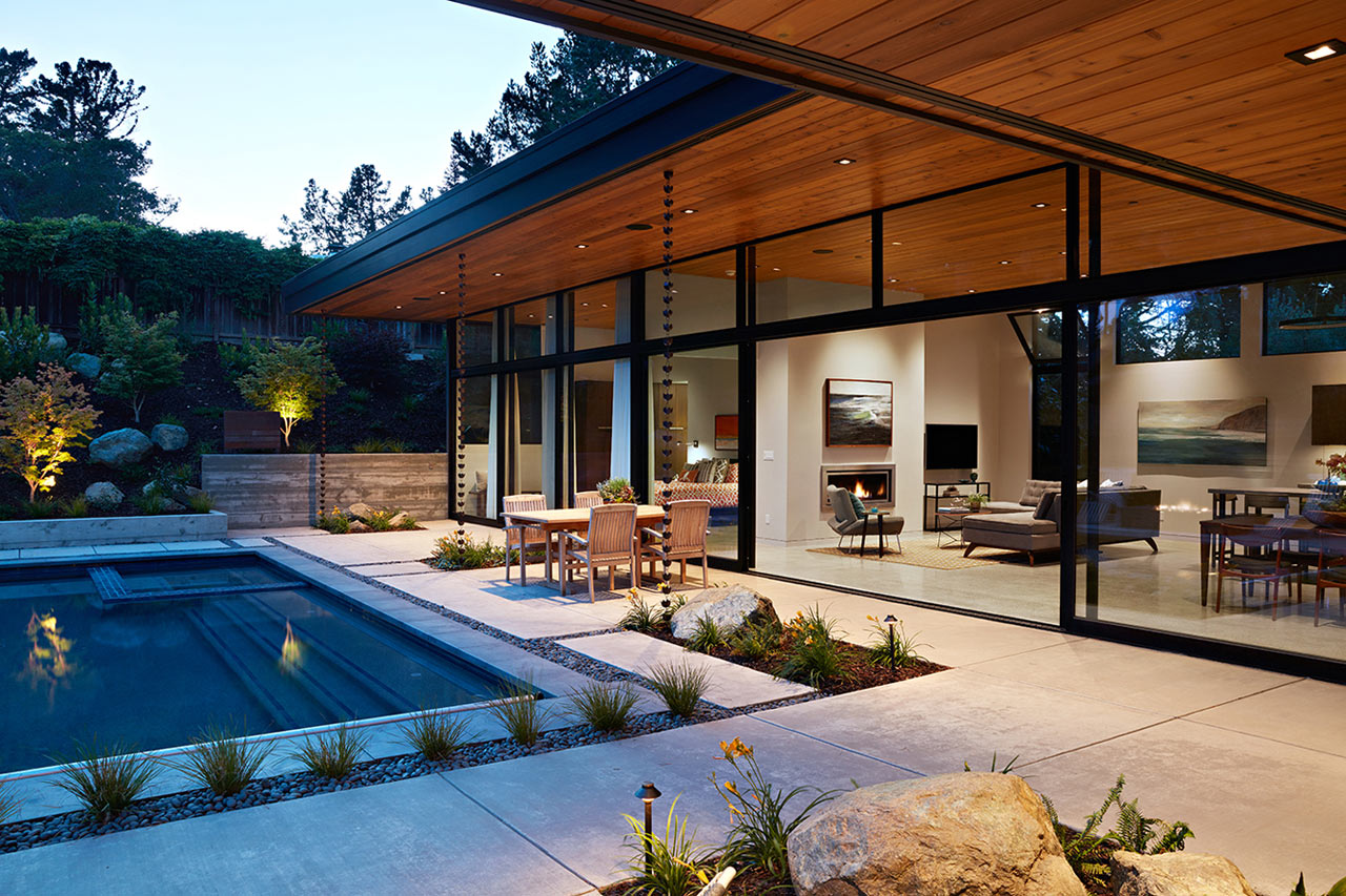 10 Modern Homes That Seamlessly Blend Indoor and Outdoors Spaces ...