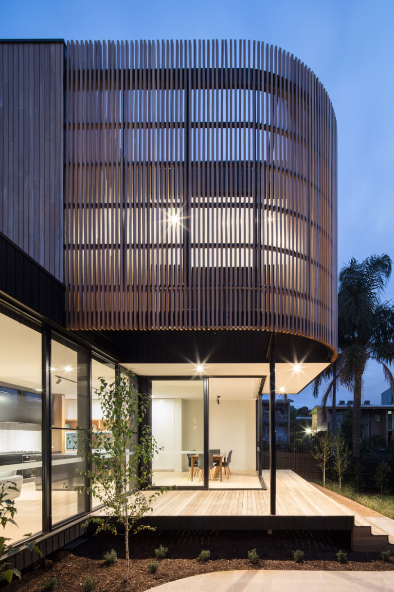 A Modern, Modular Extension Added to a Weatherboard House in Melbourne