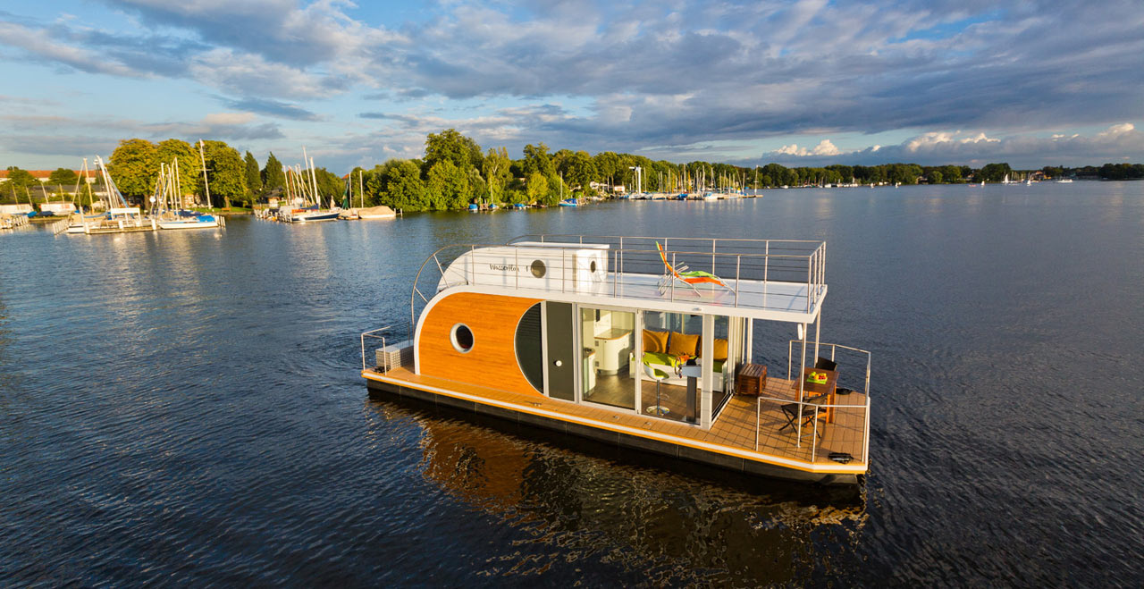 8 Modern Houseboats and Floating Homes That Will Make You Say Goodbye to Dry Land