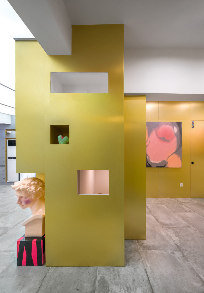 ARTLAND IN SHANGHAI: An Eclectic Apartment That Goes Outside the Box ...