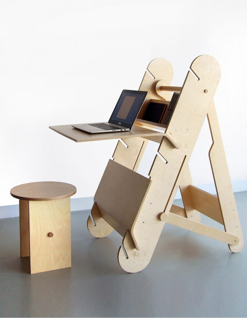 DESKter Sit & Stand Workstation by Malgorzata Wojtyczka