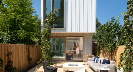 A 20-Foot Wide Lot Drives an Innovative Home in Vancouver