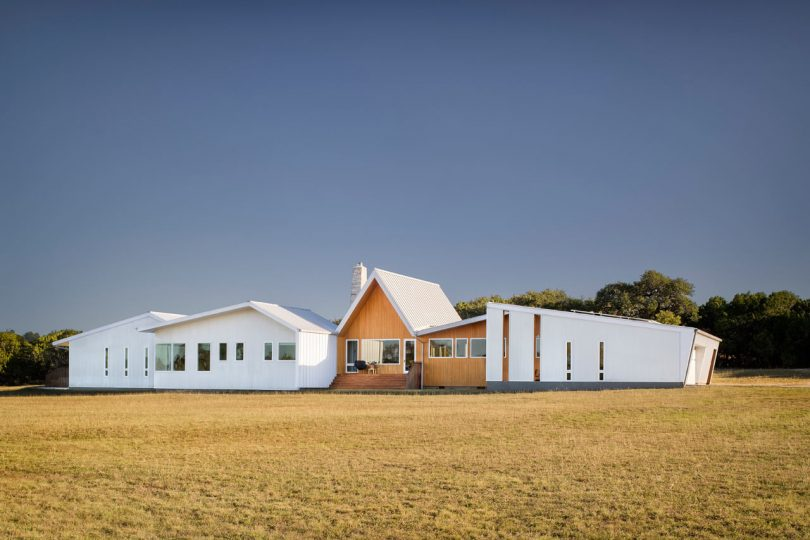 Miró Rivera Architects Designs the Sustainable Hill Country House