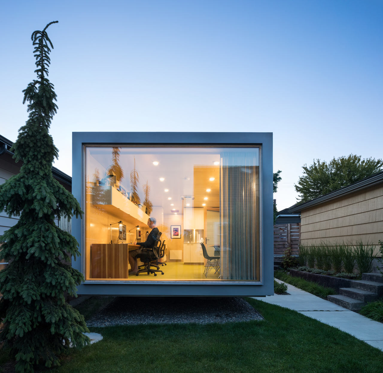 Randy Bens Turns A Shipping Container Into An Architecture