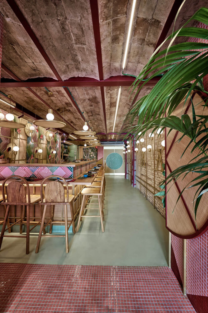 Kaikaya Is The First Tropical Sushi Restaurant To Open In Valencia