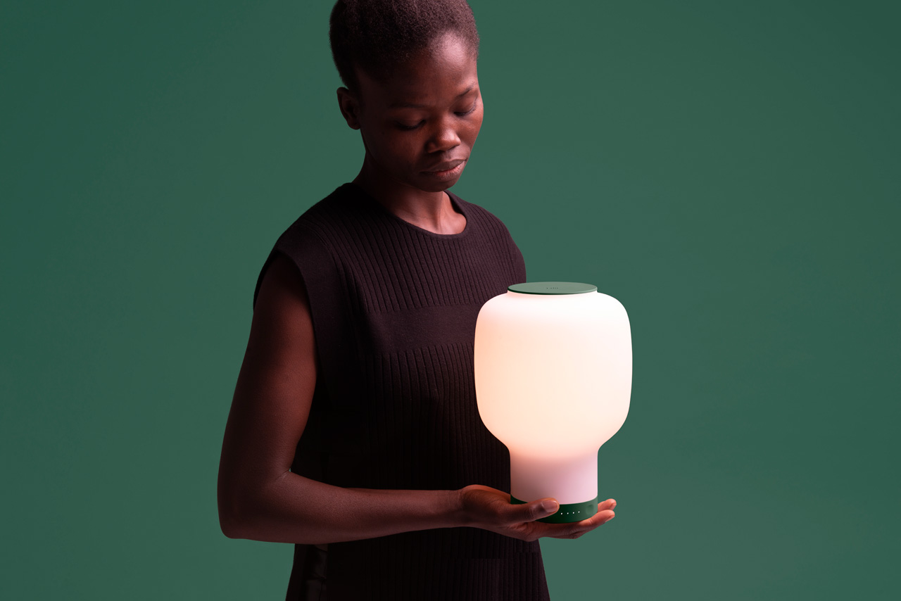 LAYER Designs a Compact Wireless LED Lamp for nolii