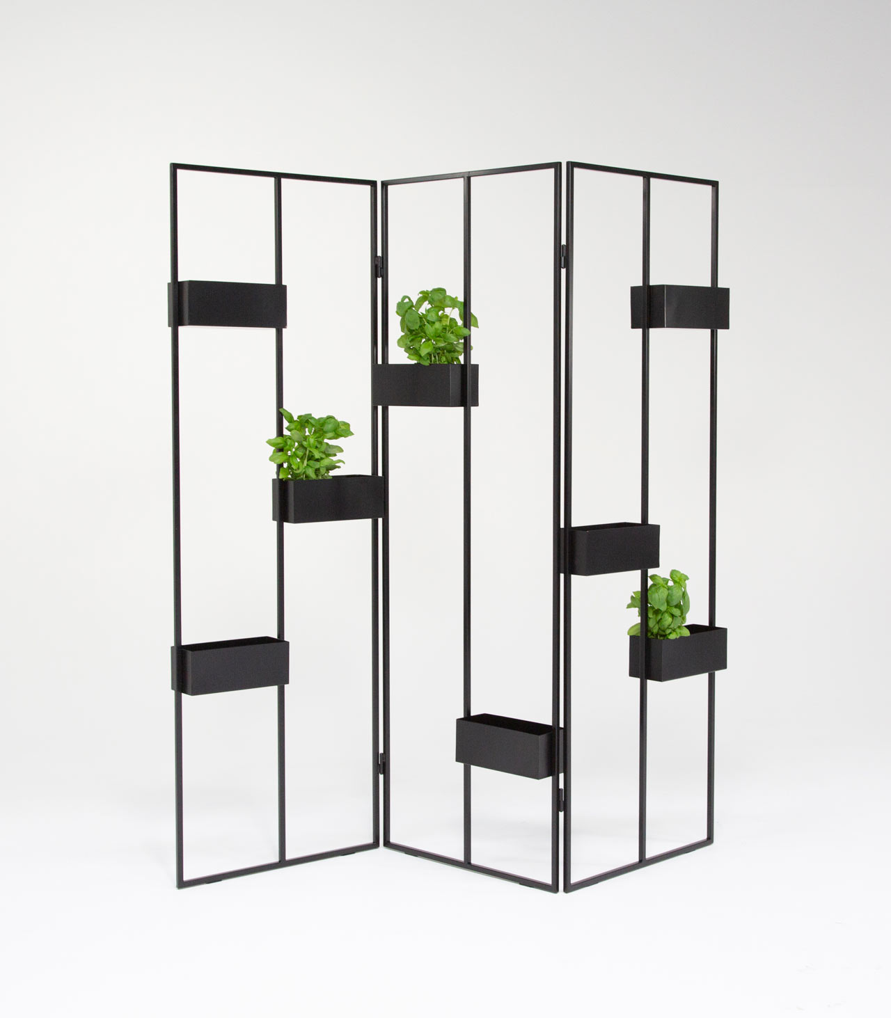 Hanna Särökaari Designs the Adjustable Verso Vertical Plant Stand