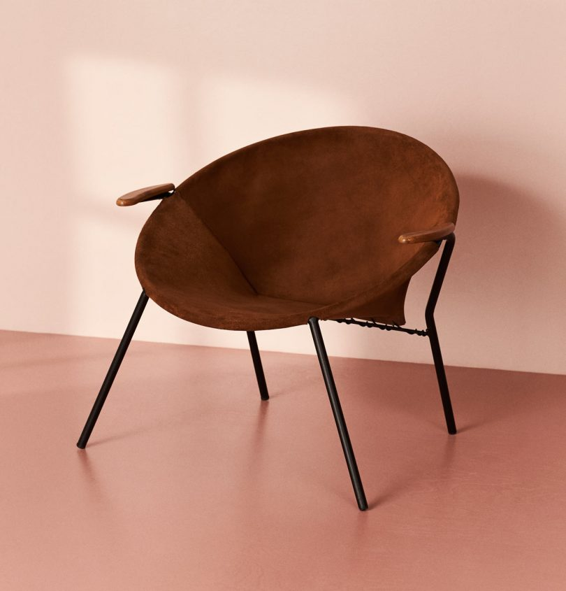 Warm Nordic Releases Hans Olsen?s Iconic Balloon Lounge Chair from 1955