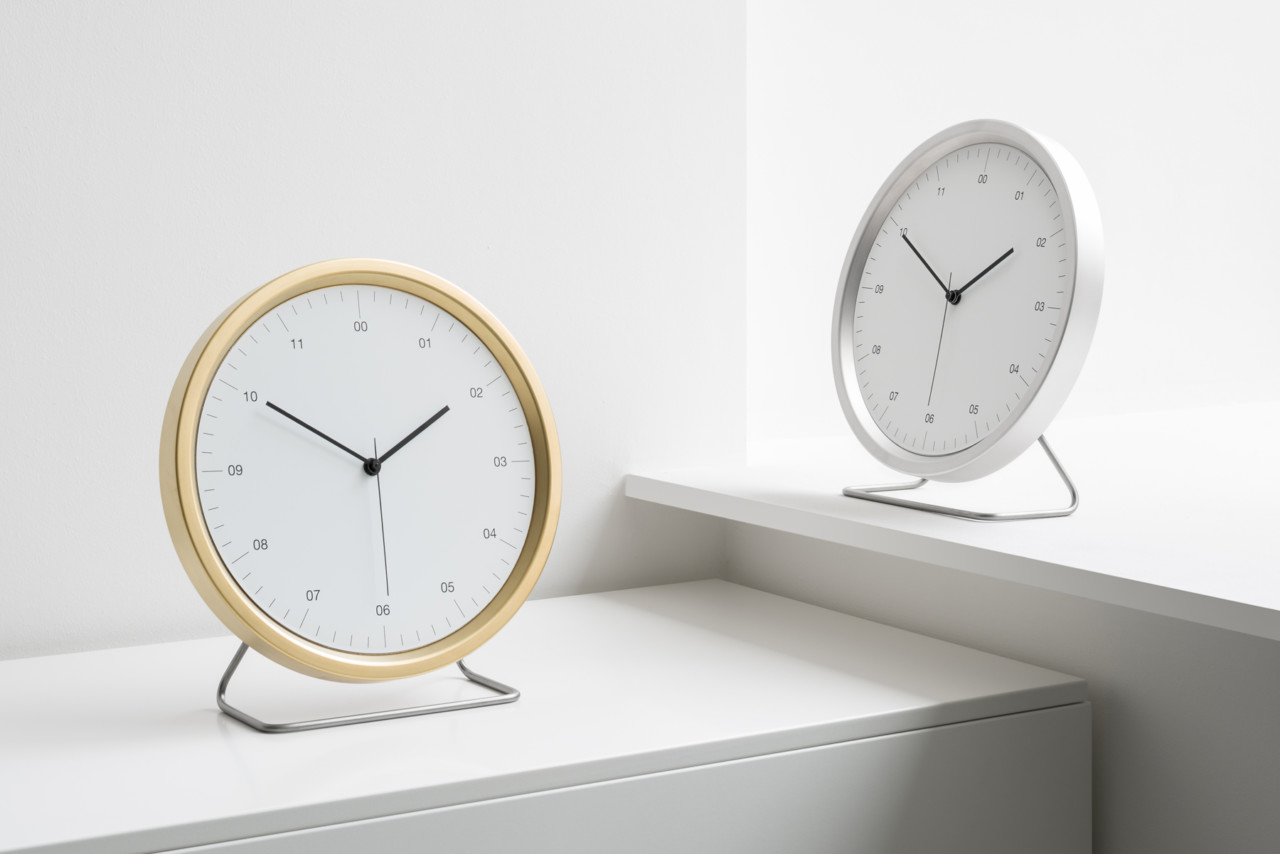 Instrmnt A-Series Clock Keeps Time Simply