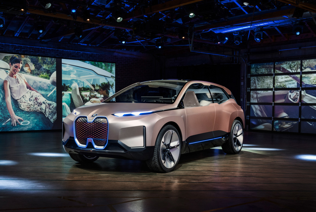 A Close-Up with the BMW Vision iNEXT