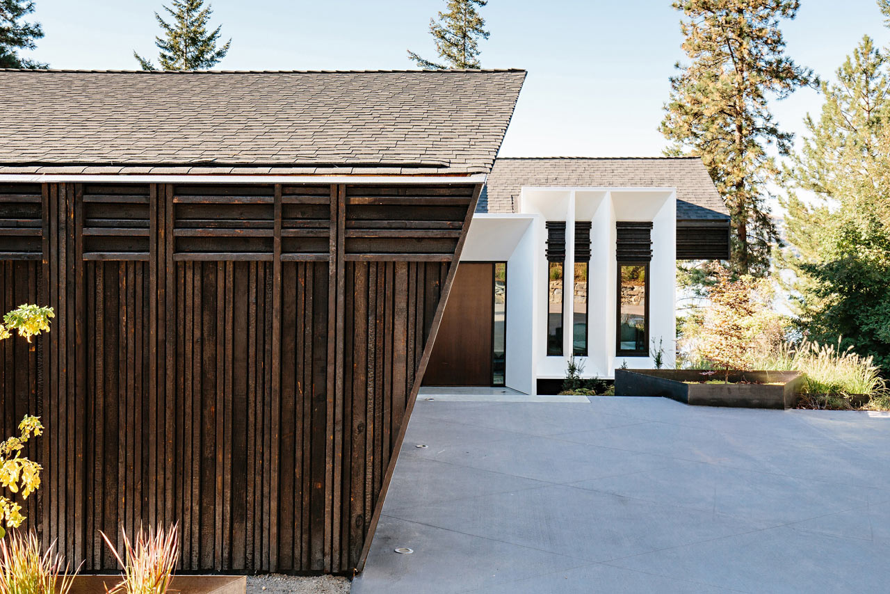 The Kalamalka Lake Home Pays Homage to its Mid-Century Roots Through a Modern Lens
