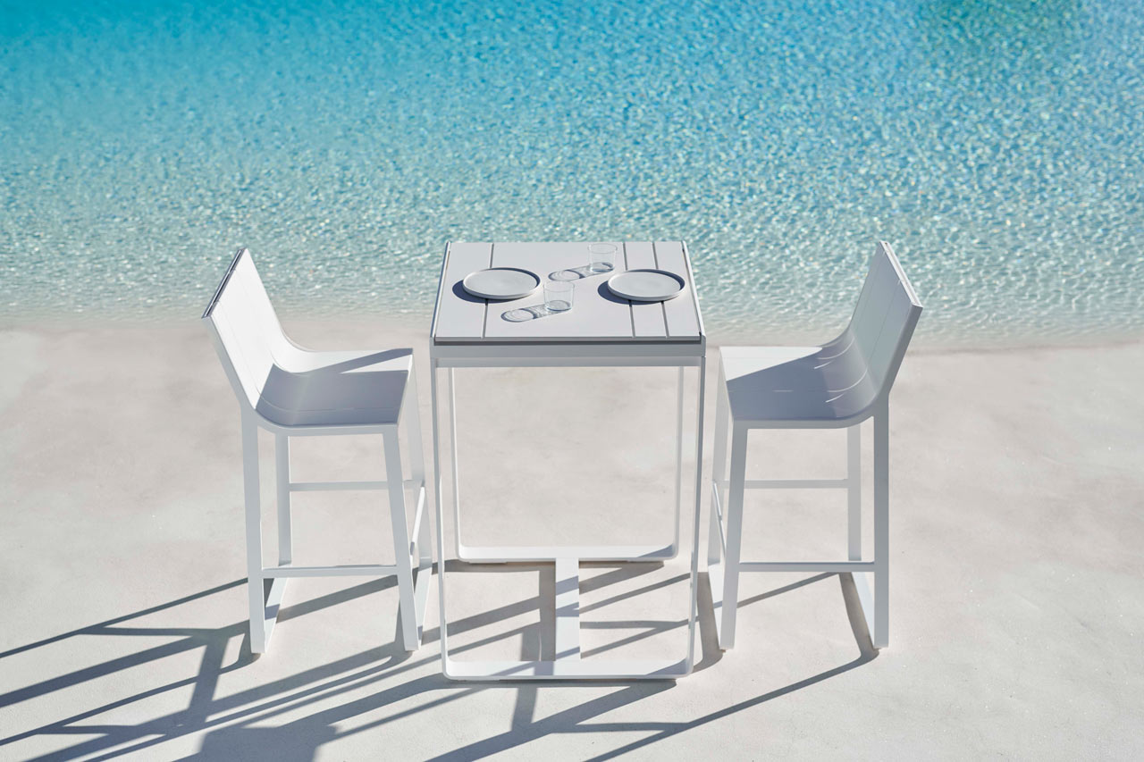 GANDIABLASCO Partners with Dekton for Durable Outdoor Tables