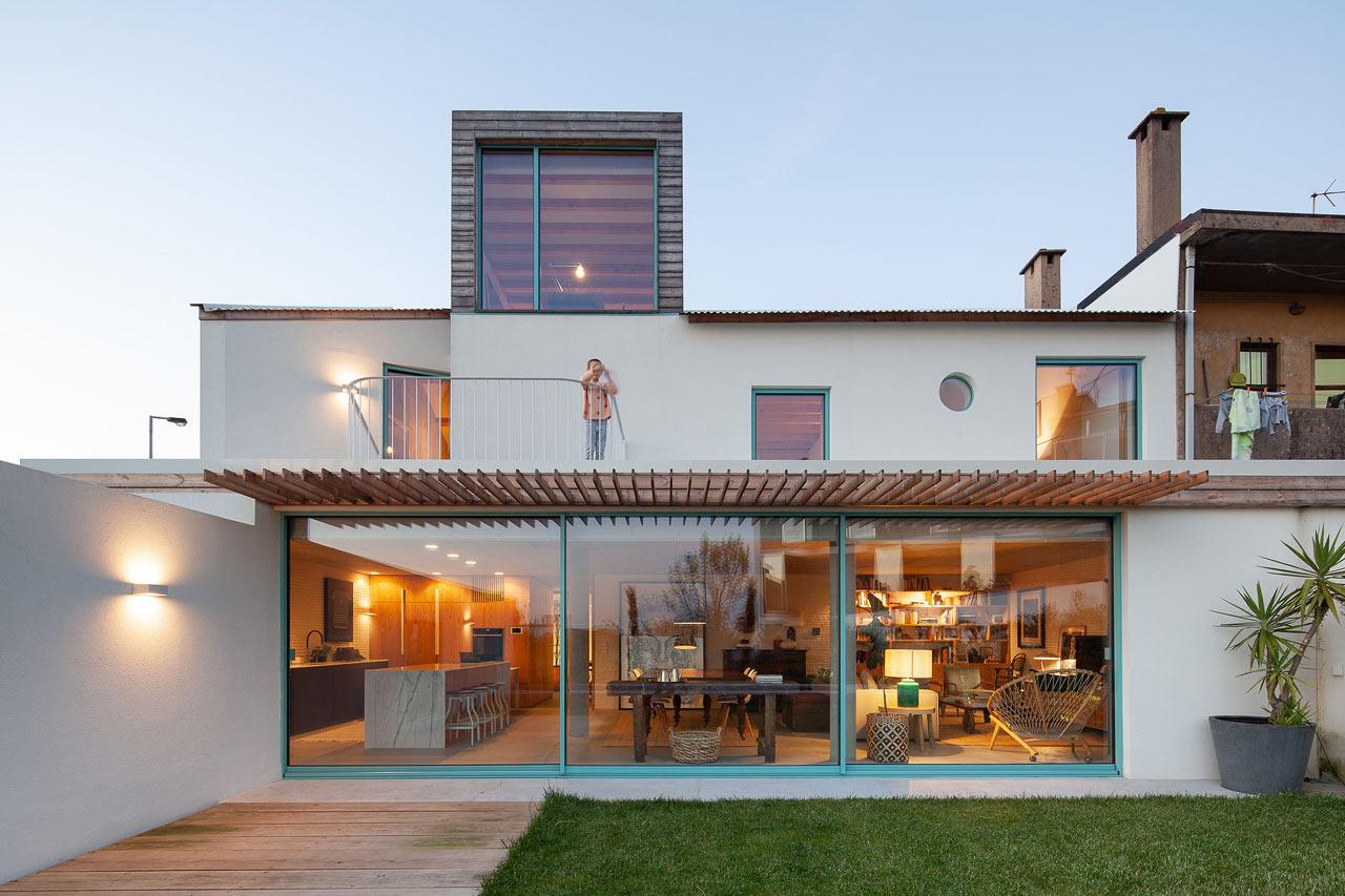 Moreira House In Oporto Portugal By Cesar Machado Moreira Design Milk
