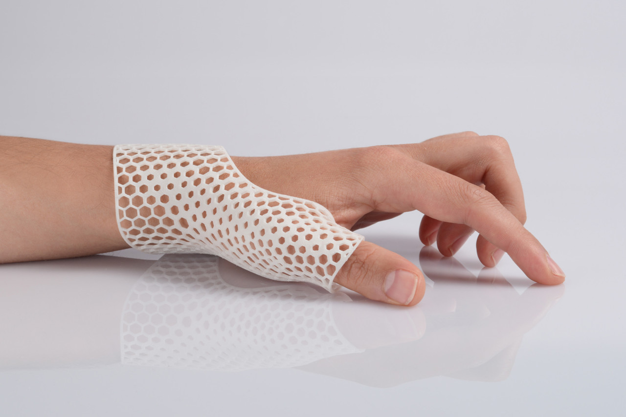 EOS and Shapeways Develop New Affordable 3D Printed Material for Prosthetics