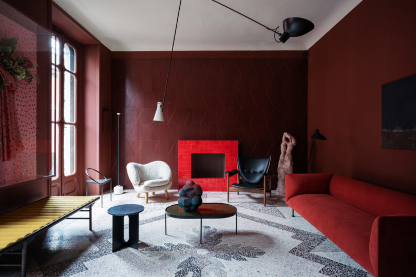 "MDW19: How a Tile United an Apartment in ""Perfect Darkness"""