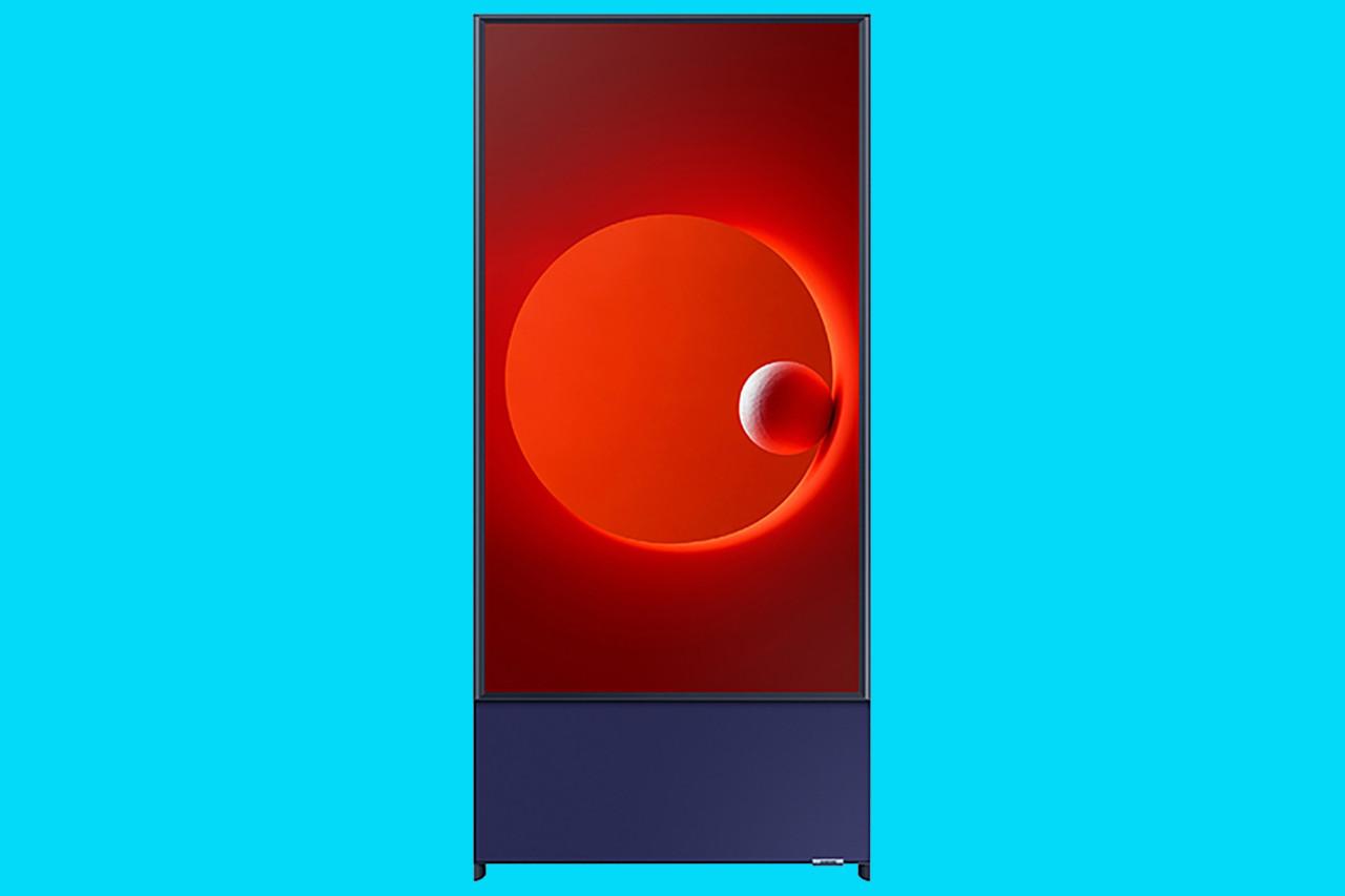 Samsung Sero Reorients TVs for the Instagram Generation