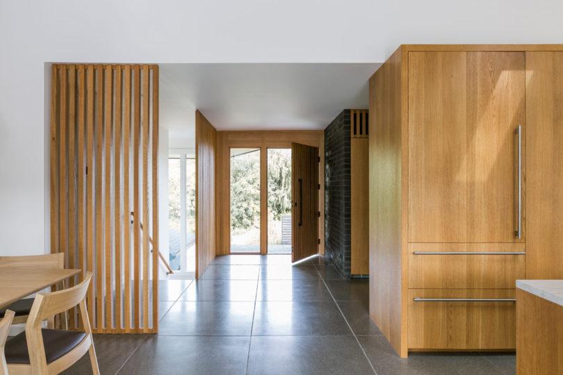 entrance into the ranch house design