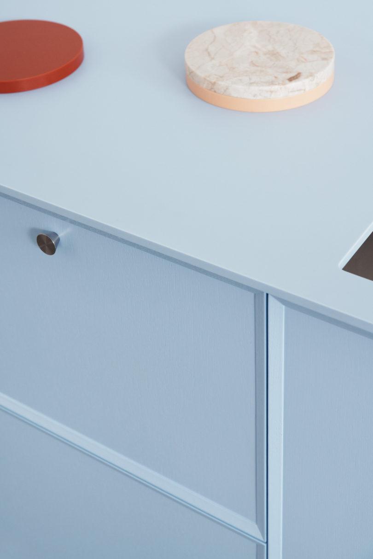 Frame Minimalist Kitchen By Note Design Studio