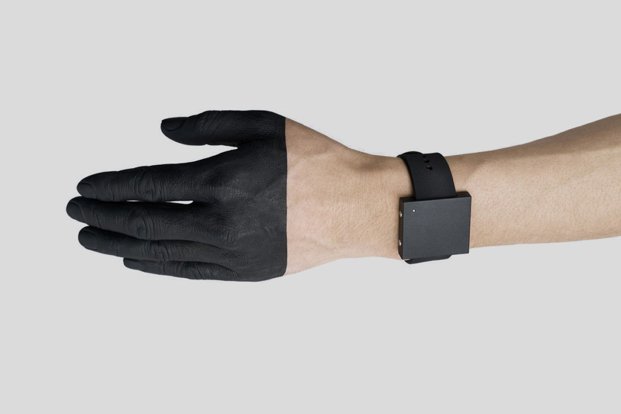 The Lofelt Basslet Is a Wearable Subwoofer