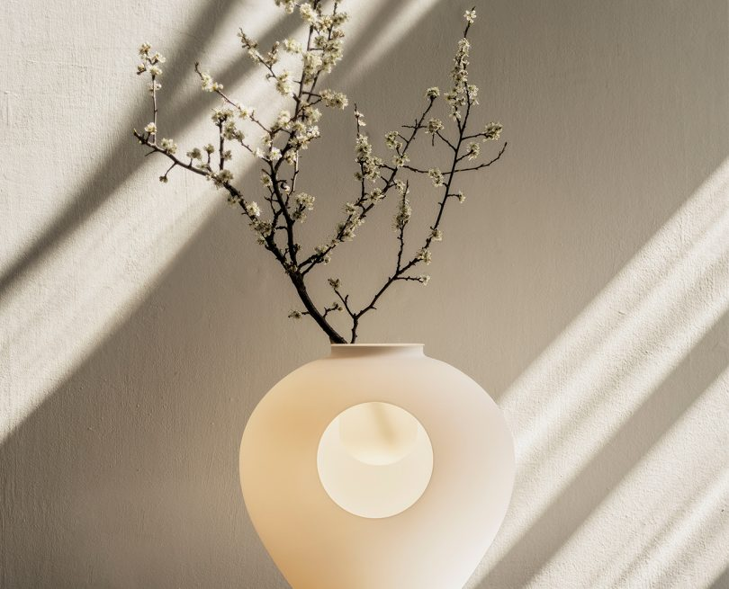 Foscarini's Madre Lamp Is Inspired by the Silhouette of Hips