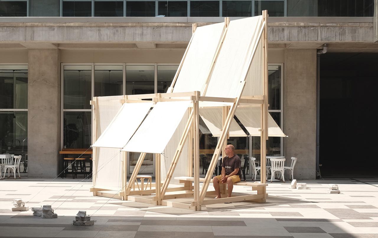 A Relaxing Spatial Installation Named Geçit