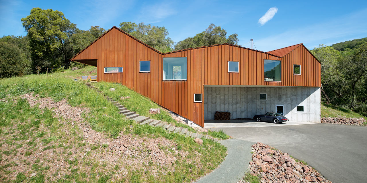 A Rusted Triple-Roof House in Sonoma, California